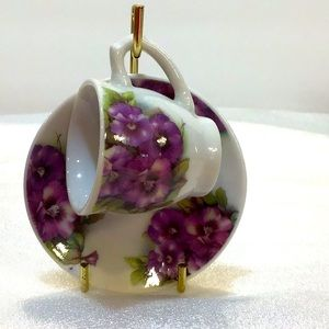 Tiny tea cup, saucer & display stand